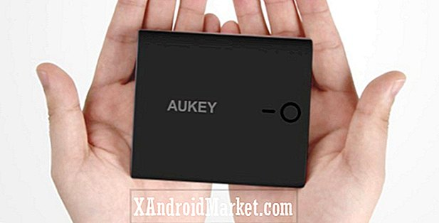 Oferta: Aukey 10000mAh Power Bank por $ 10, 3000mAh Power Bank por $ 6 de Amazon