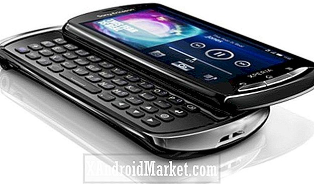 Sony Xperia Pro Hands On: QWERTY Lovers Rejoice