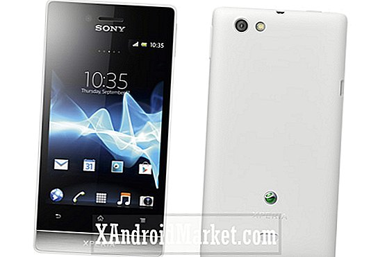 Sonys Xperia Miro på Carphone Warehouse, starter på £ 150